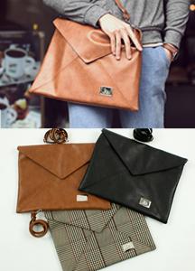 3304 - B110 / Chloe Shoulder & Clutch bag
