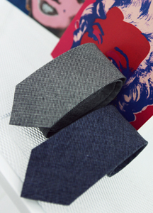 A196 / simple denim tie