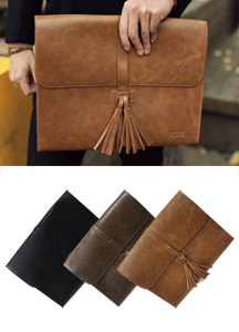 13608 - Tassel decoration Clutch bag <br>