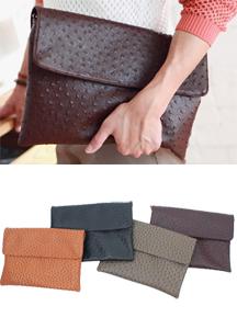 Ostrich skin Clutch bag