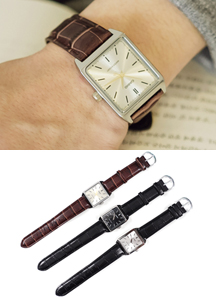 19107 - Square Leather Watch <br>