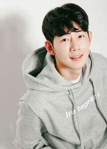 20705 - Messenger napping lining Hoodie <br/> (1 size) <br/>