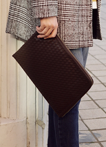 20738 - Boulder Leather Clutch bag <br>