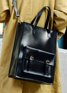 21195 - Out Pocket Buckle Toddle Bag <br>