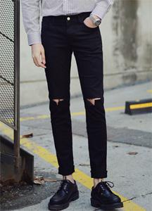 21197 - Cross kneeling Black jeans <br> (4 size) <br>