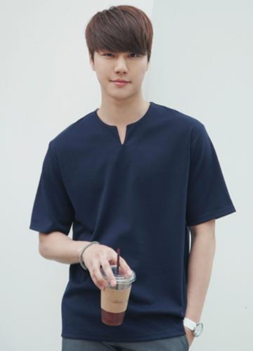 21328 - V-neck Short T shirts <br> (1 size) <br>