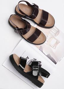 21400 - <b>4.5cmUP!</b> <br> Belk Fake Leather Sandals <br> (5 mm) <br>