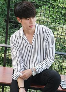 21669 - Stripe Wide Open Collar Shirt <br> (1 size) <br>