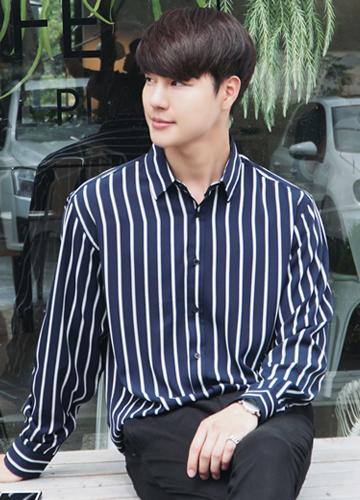 21166 - Leland Stripe Shirt <br> (1 size) <br>