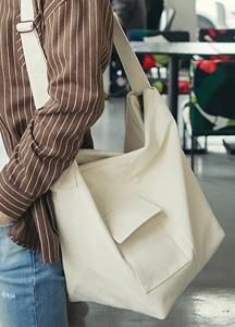 22243 - One Pocket Cotton cross bag <br>