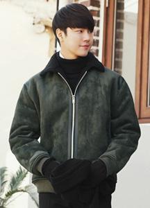 22411 - Leather Patch Mustang Jacket <br> <font style=font-size:11px;color:#595959>M (95) / L (100)</font> <br>