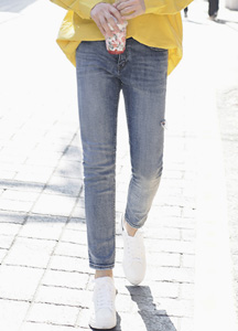 22824 - One point side cut Jeans <br> <font style=font-size:11px;color:#595959>28/30/32/34</font> <br>