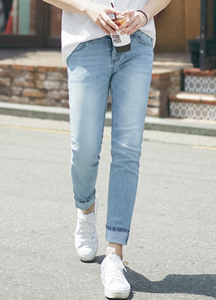 23027 - Basic Bright Slim jean <br> <font style=font-size:11px;color:#595959>28/30/32/34</font> <br>