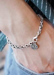 23309 - Button medal chain bracelet <br>