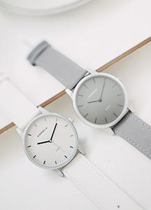 23436 - Citi leather simple watch <br><br>