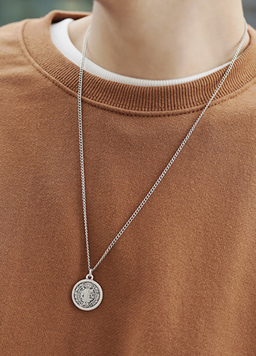23521 - St Holly Necklace <br><br>
