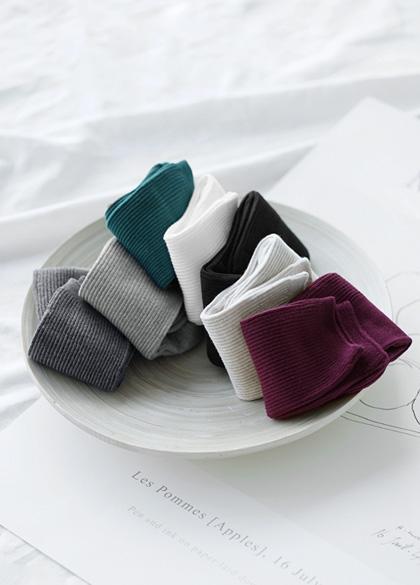13844 - Neat Corrugated Socks <br><br>