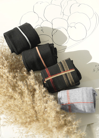 23958 - 2type modern socks <br><br>