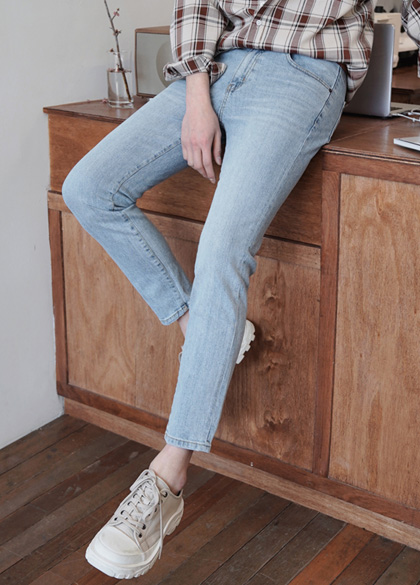 24541 - Grayshid denim pants <br> <font style=font-size:11px;color:#595959>48 ~ 52 (28 ~ 32)</font> <br>