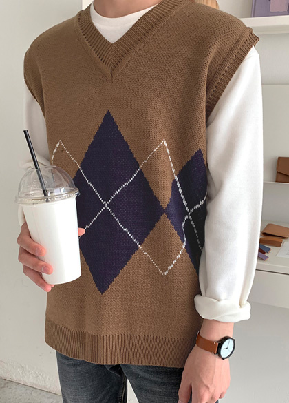 25249 - Soft Mood Argyle Knit Vest <br> <font style=font-size:11px;color:#595959>F size (95 to 105)</font> <br>